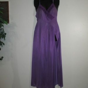 24bdd0e3d47 Underscore Vintage pin-up sexy boudoir nightgown
